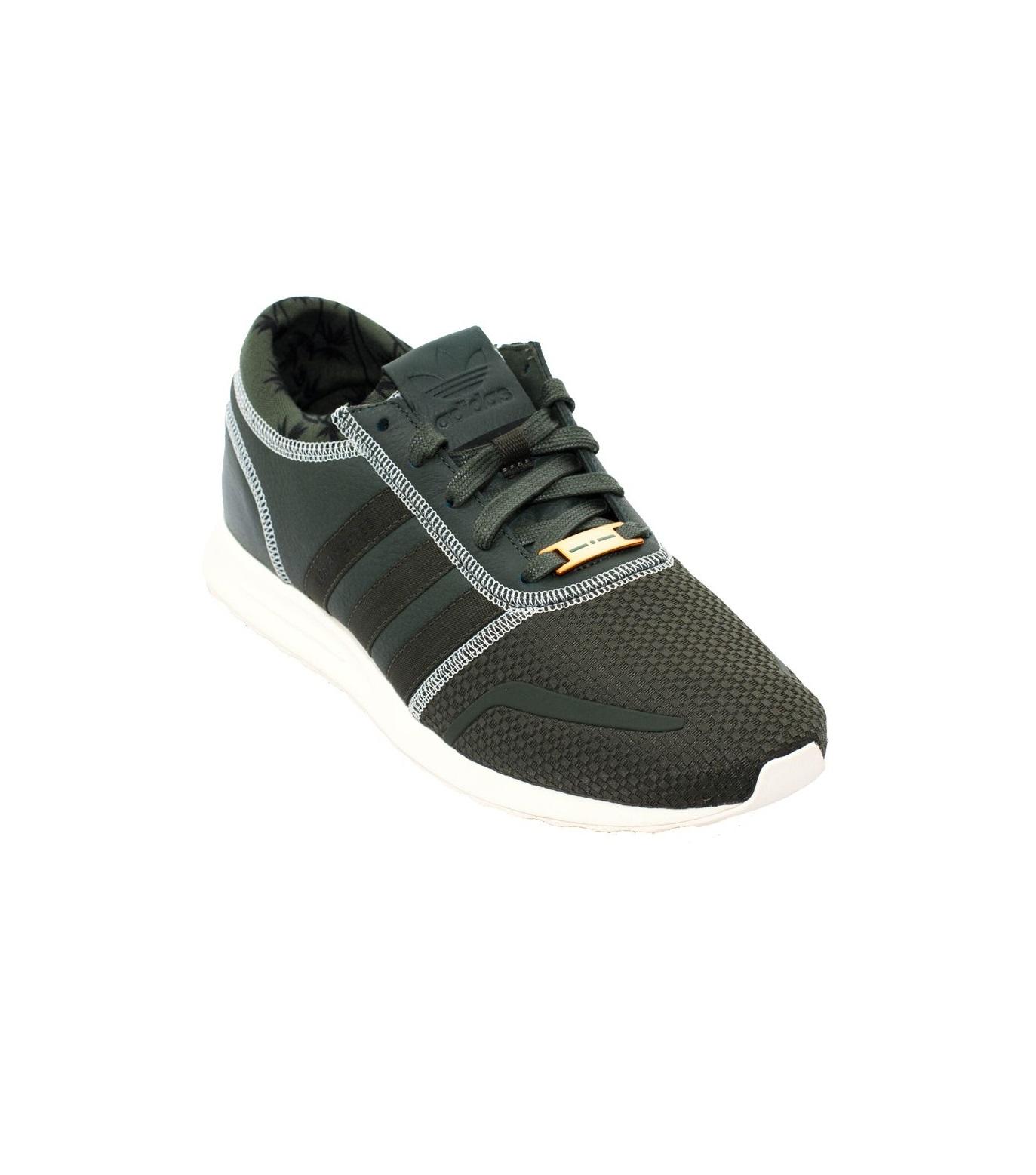 0bf7c67d4dd84f Italia Independent X Adidas Originals -