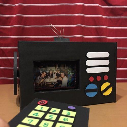 轉轉輪子看電視卡片