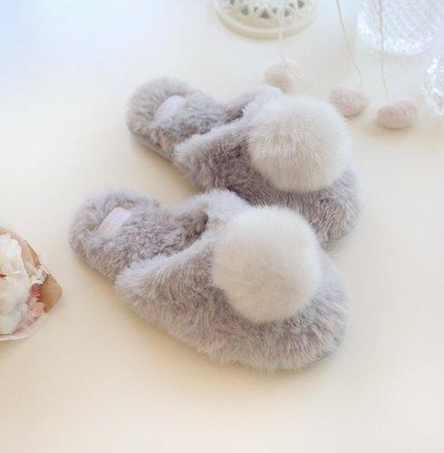 小兔子尾巴絨毛拖鞋