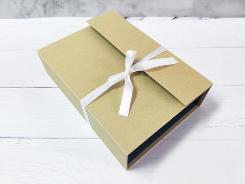 手工書基底(材料包),硬書殼自己diy的手工相冊最走心|愛禮物