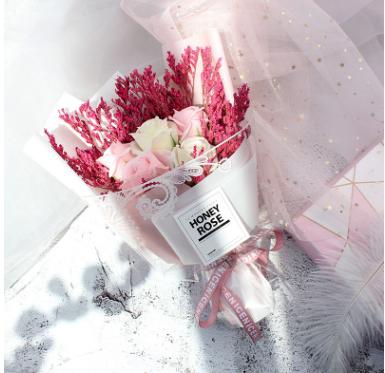 浪漫滿天星玫瑰香皂花束