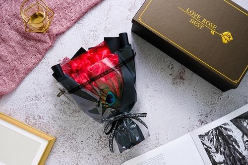 神秘之戀|永生花玫瑰香皂花束