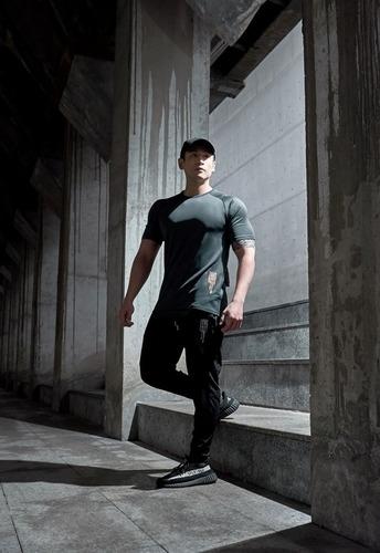 健身穿著不只要舒適更追求專業與正式感|Evolete apparel
