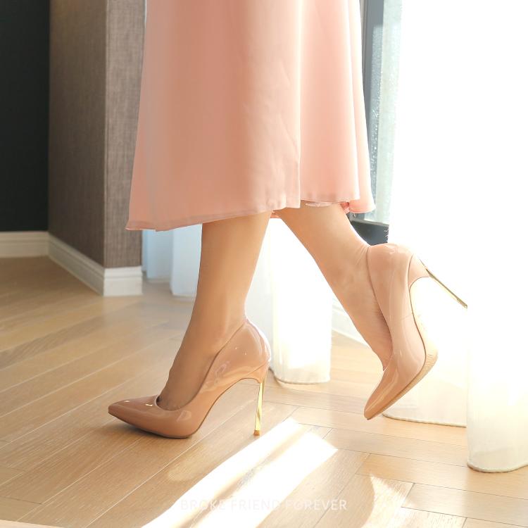 漆皮鏡面尖頭金屬跟高跟鞋婚鞋|破產姊妹 B.F.F.
