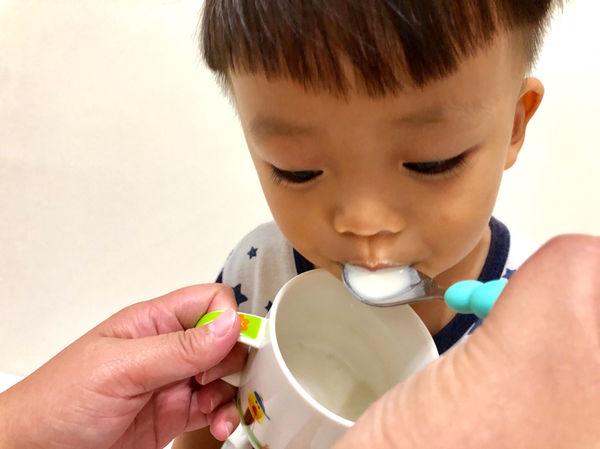蔓媽咪與他的小跟班們推薦健康長行優倍鈣8