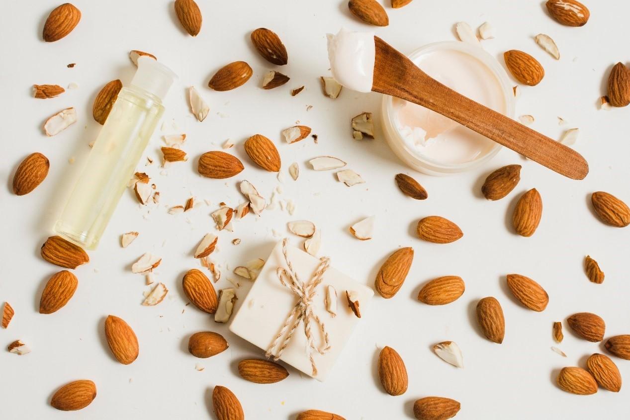 杏仁和杏仁油脂