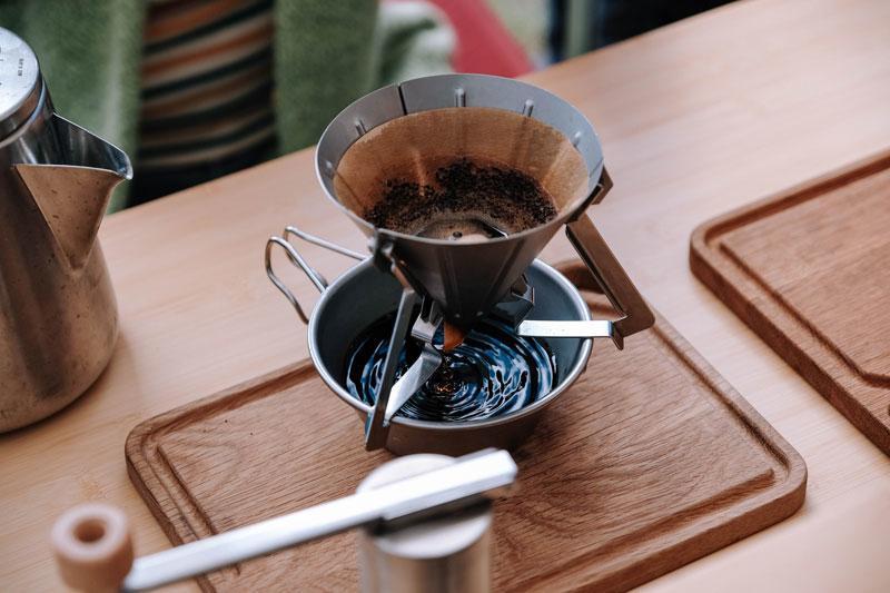 在戶外手沖咖啡