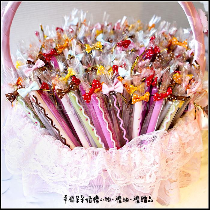 婚禮週邊-巧克力棒餅乾造型筆X150支+大提籃X1個(限宅配)