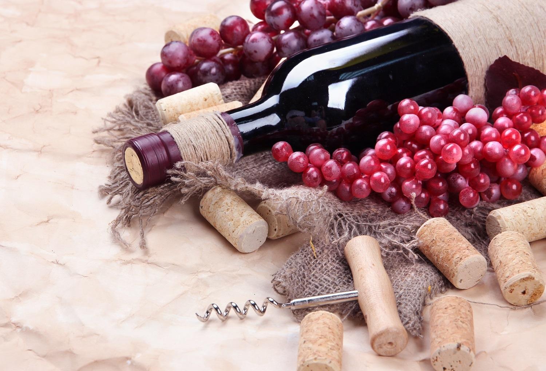 葡萄酒的好處:適量飲用有養身、養顏的功能