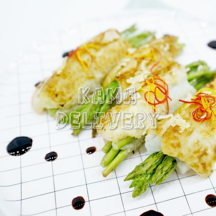 一口派對小食到會套餐的香煎比目魚蘆筍卷