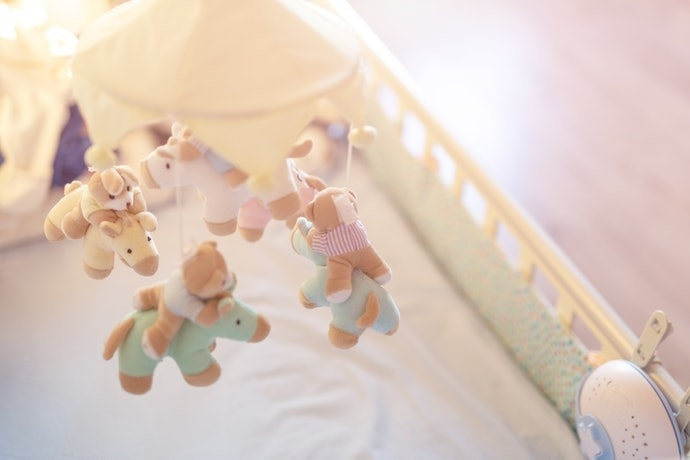 嬰兒床使用上的注意事項