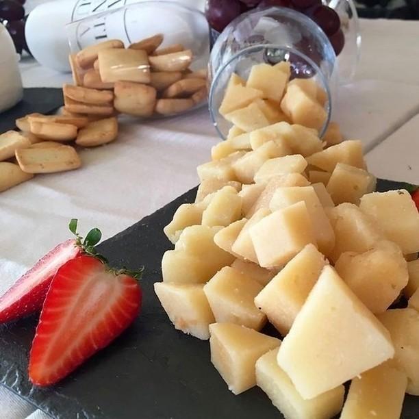 LAANTIGUA Campo-Estrella Cheese