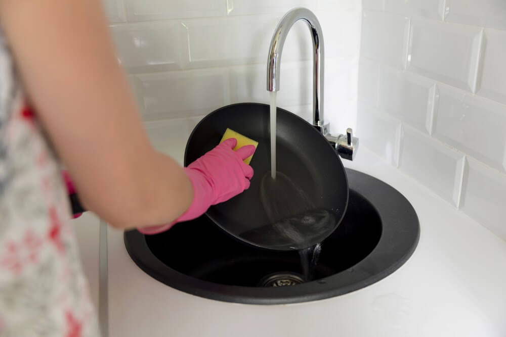 鑄鐵鍋清洗3步驟