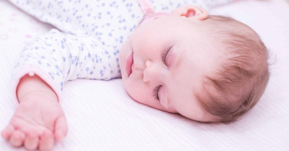 嬰兒床幫助睡眠