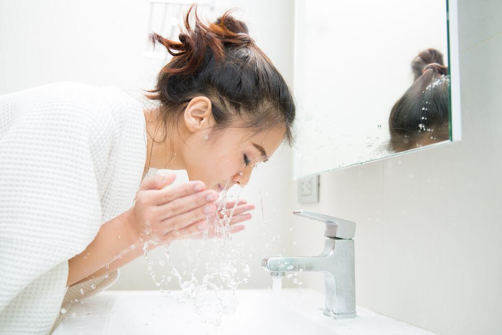 基礎保養步驟:先洗臉再擦保養品