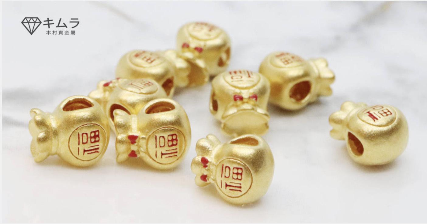 3D硬金技術由於可以讓黃金硬度高4倍,因此被廣泛運用在金飾上,把黃金延展出各種形狀,雕塑的更立體,非常受市場青睞。