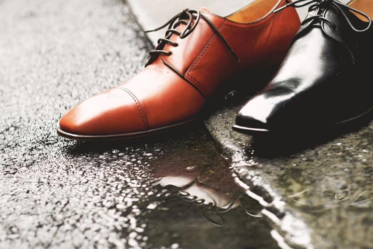 皮鞋防水保養後不怕下雨天
