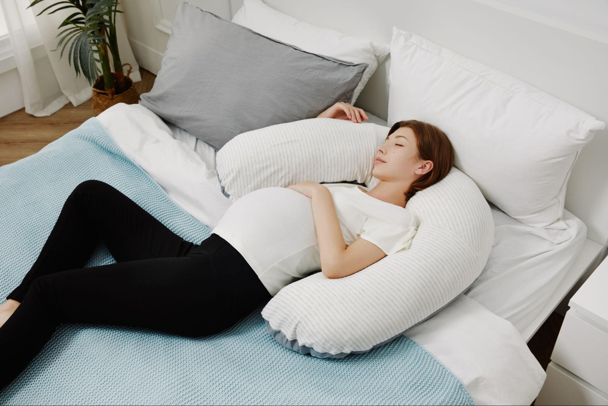 月亮枕孕婦枕可當作頸枕使用