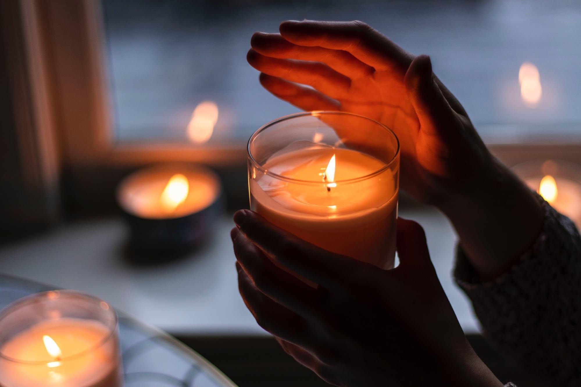 點燃一盞香氛蠟燭,享受女人愛自己的時光