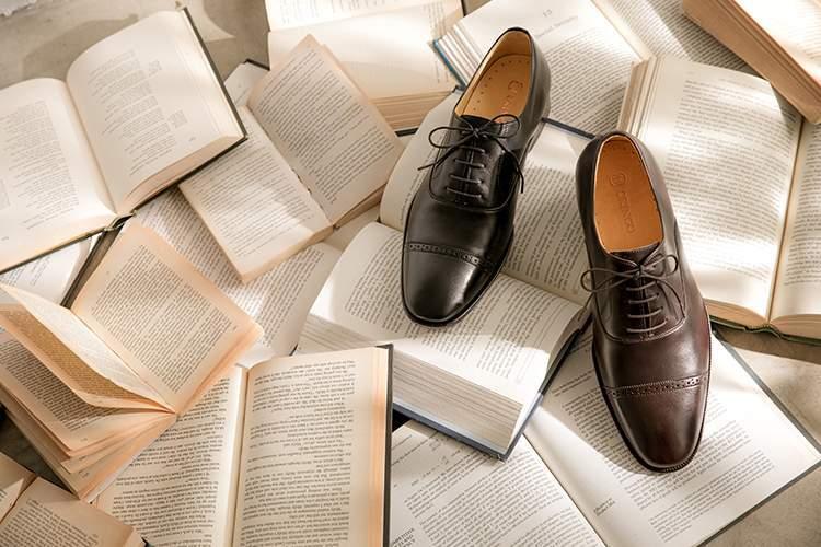 咖啡色1/4橫飾雕花牛津鞋