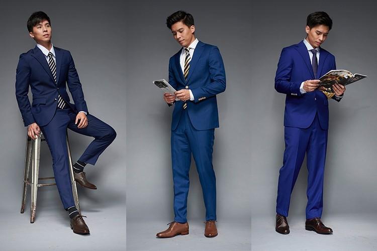 深藍色與亮藍色西裝搭配咖啡色皮鞋