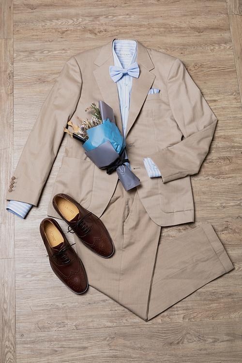 大地色系西裝與咖啡色皮鞋搭配