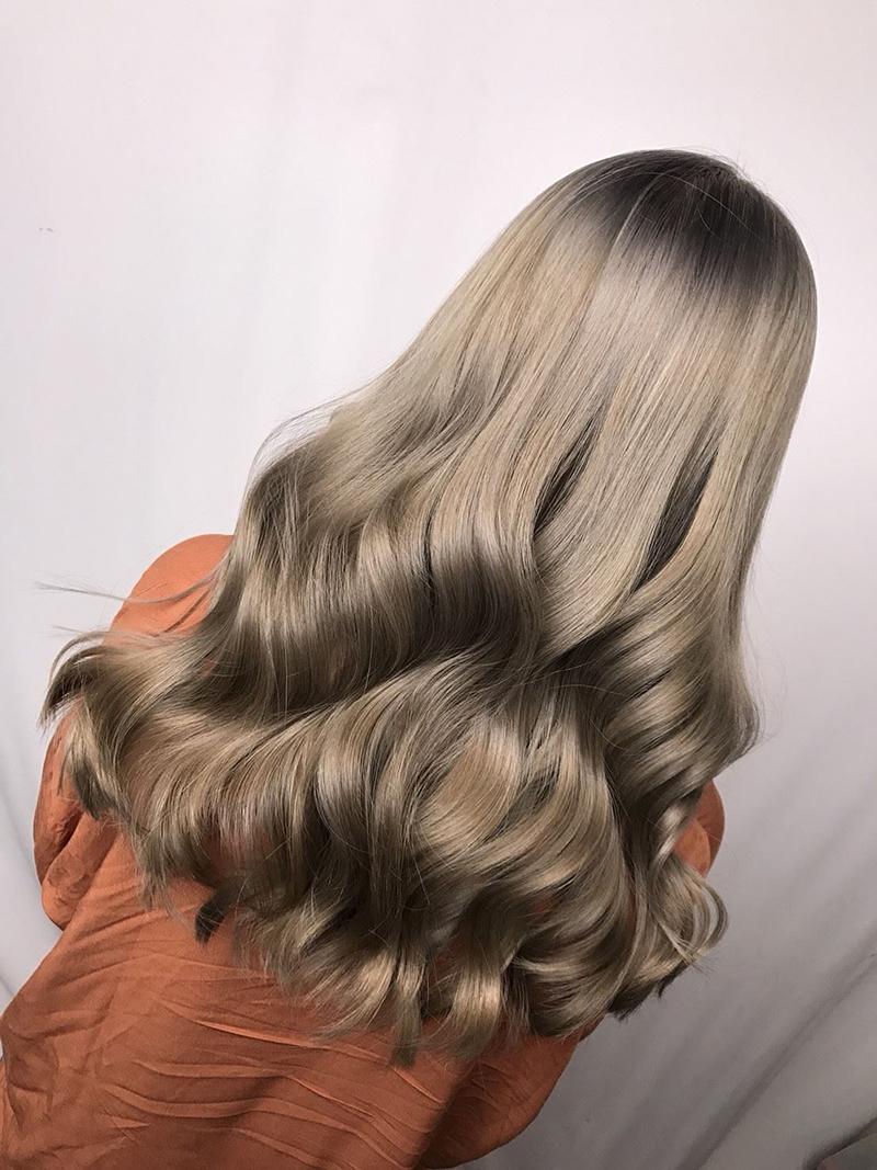 Ink Hair專業沙龍設計師精選作品集長捲髮背影篇蜂蜜冷綠棕色染髮