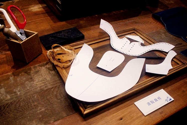 Premium 系列鞍部牛津鞋所使用的畫板