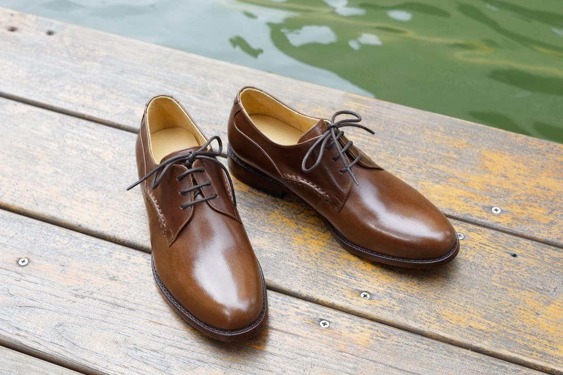 側邊手縫素面德比鞋