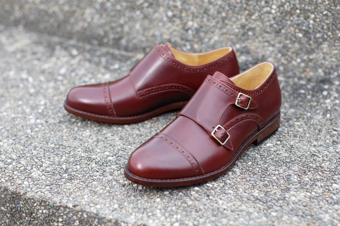 橫飾鋸齒雙釦孟克鞋