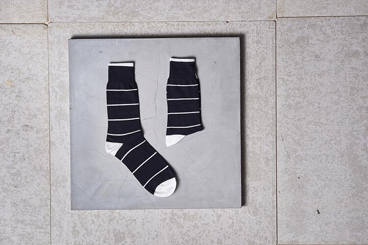 黑白條紋花襪