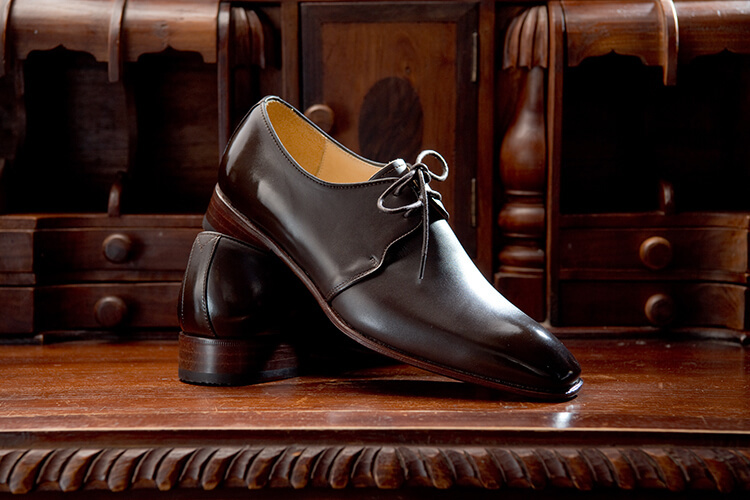 古董與德比鞋