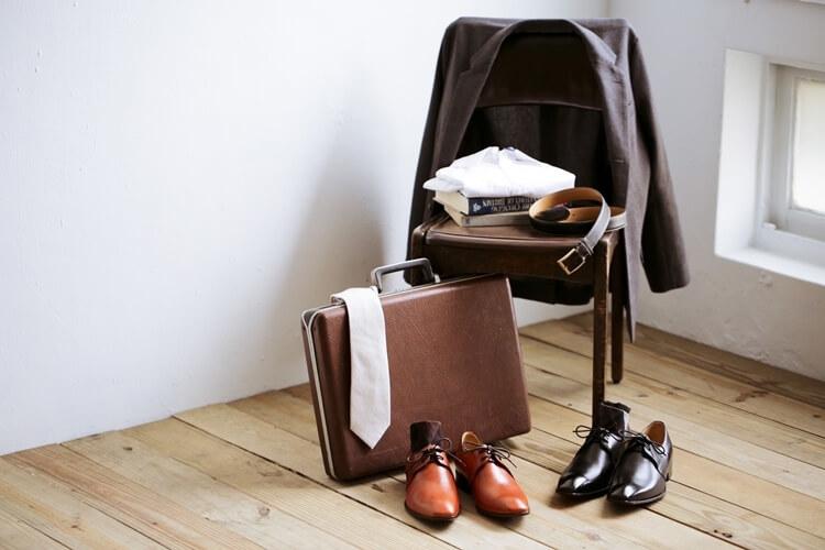 準備兩雙以上的皮鞋替換穿著增加皮鞋壽命