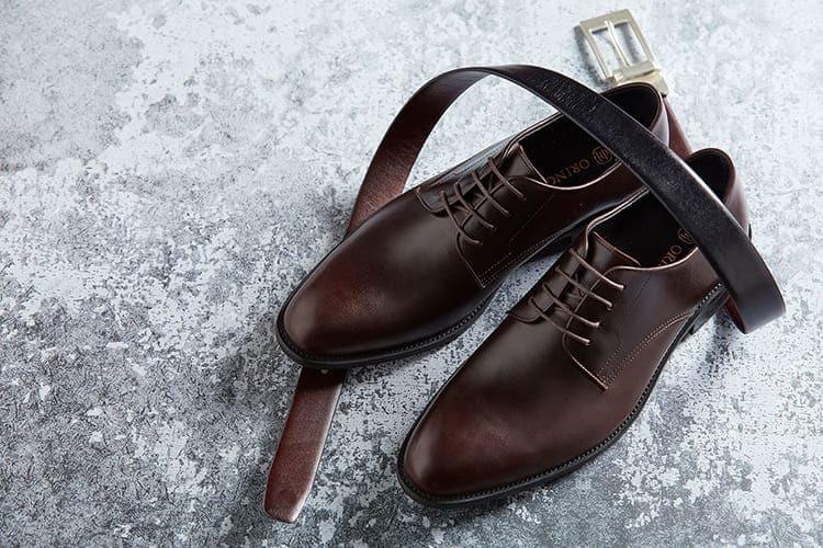 得比鞋與皮帶