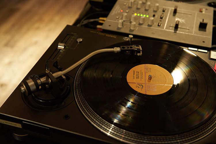 東門店選歌來自DJ Vicar的主題選歌