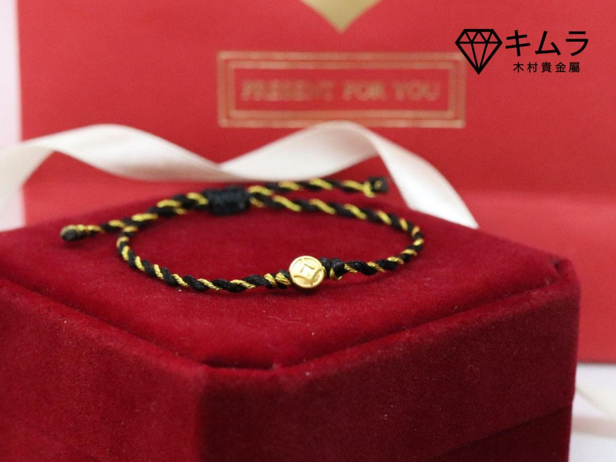 黑色也是水行人代表色,配戴手繩可幫助正面對決各式處境。