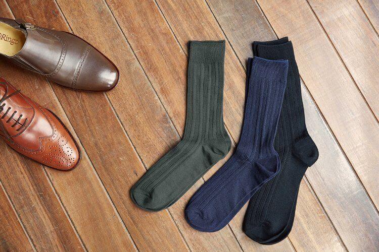 三隻襪子與孟克跟牛津鞋
