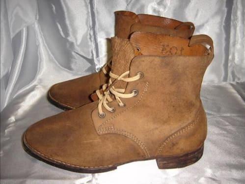 日本軍靴實品圖 使用單層牛皮與布鞋帶