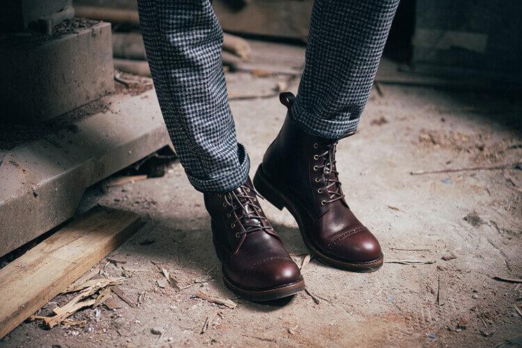 千鳥格紋褲與林果工作靴