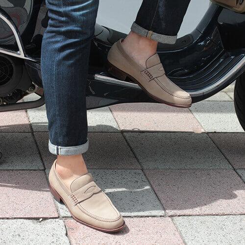 經典老派美式紳士樂福鞋搭配牛仔褲