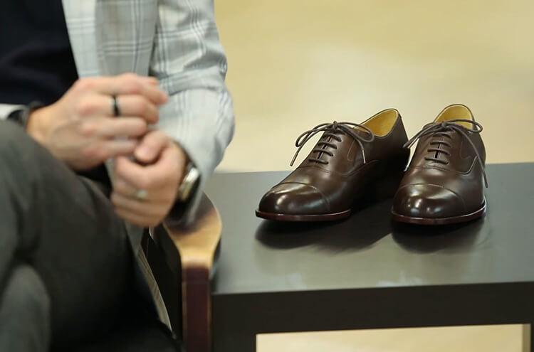 鵝頸橫飾牛津鞋