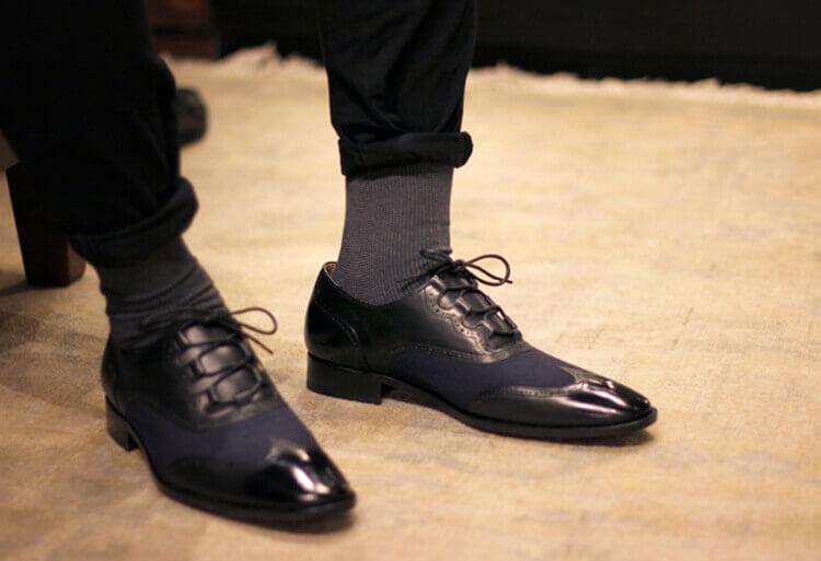 , 穿皮鞋搭配鳥眼織紋紳士襪子