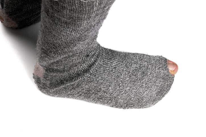 使紳士襪不雅觀的磨損與破洞