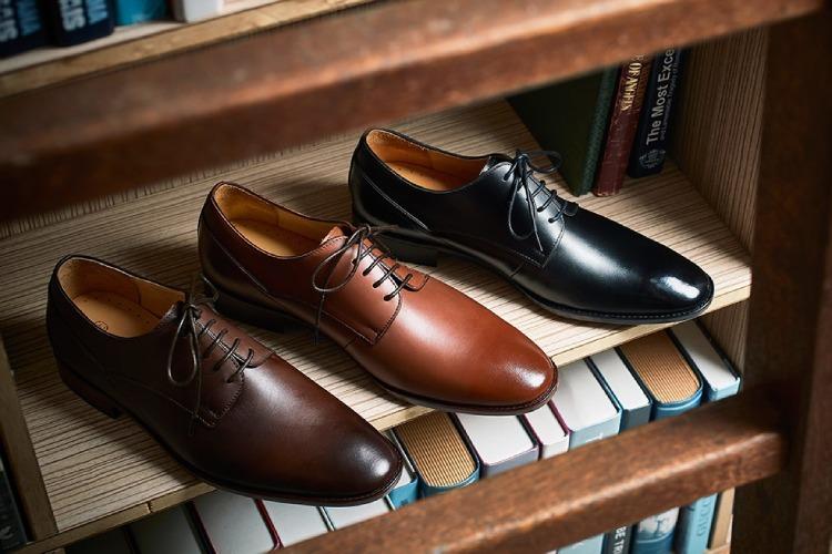 林果良品鑲邊飾線德比鞋-焦糖棕色、渲染咖色、黑色