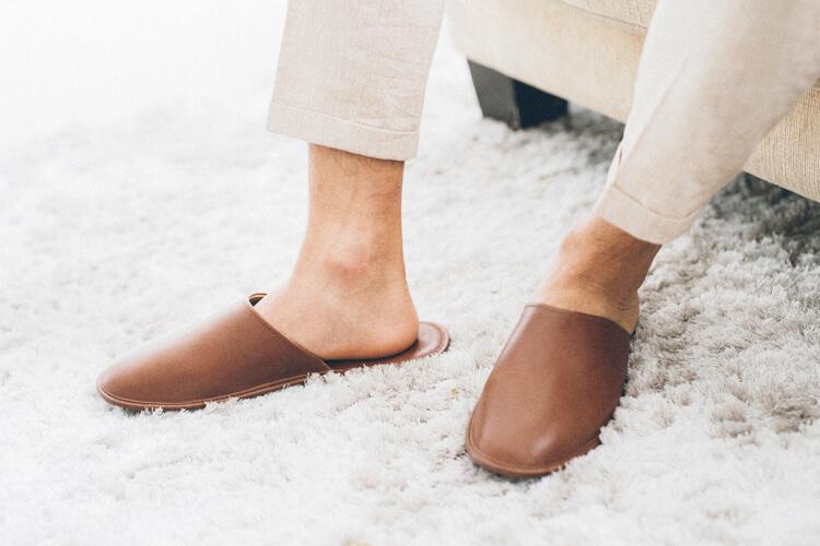 蠟感牛皮室內拖鞋