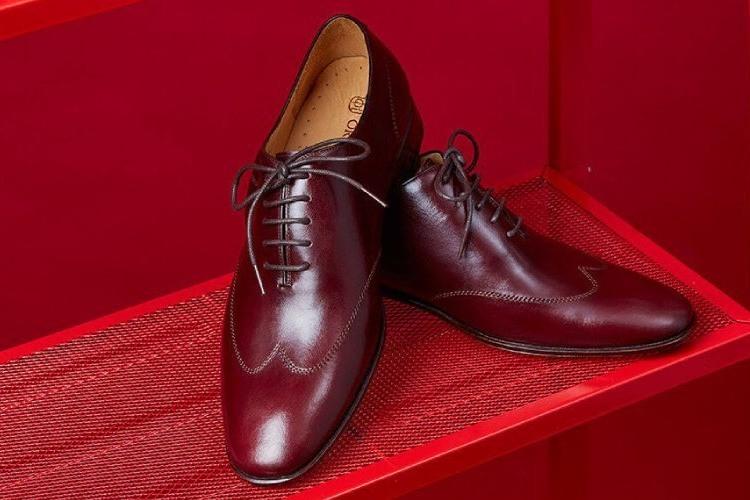 林果良品Whole cut 翼紋縫線牛津鞋-酒紅色