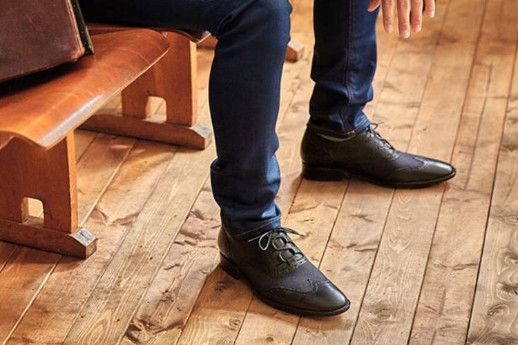 林果良品翼紋雕花鞋-海軍藍色