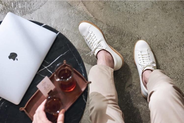 林果良品手作皮革小白鞋