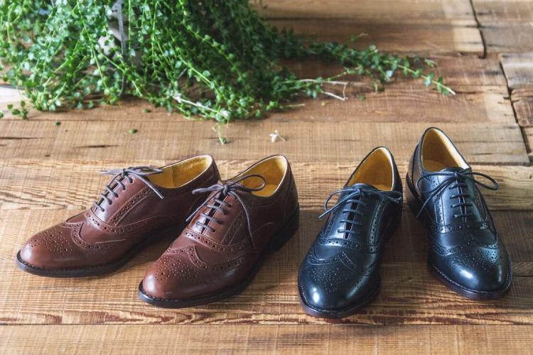 林果良品全翼紋雕花牛津鞋-黑色、可可咖色