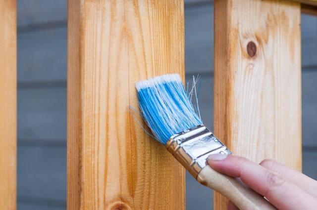 想防白蟻,木材家具或木頭地板可以噴護木油嗎?